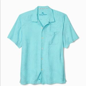 NWT Tommy Bahama Al Fresco Tropics Camp Shirt.